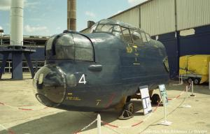 Lanc 1995 Salon et restauration de l'avant 02
